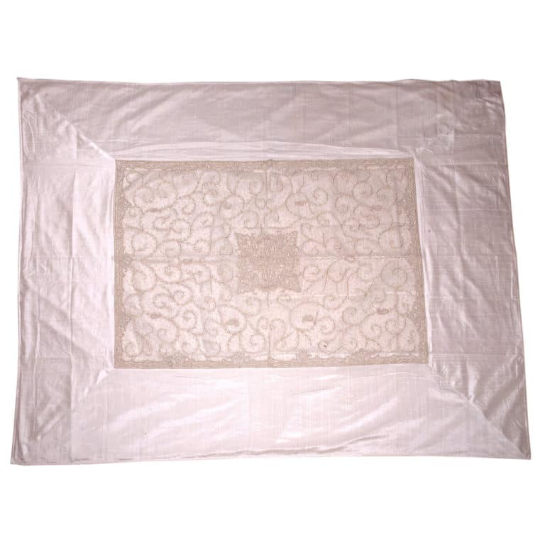 Zardogi White Raw Silk Bedcover 4